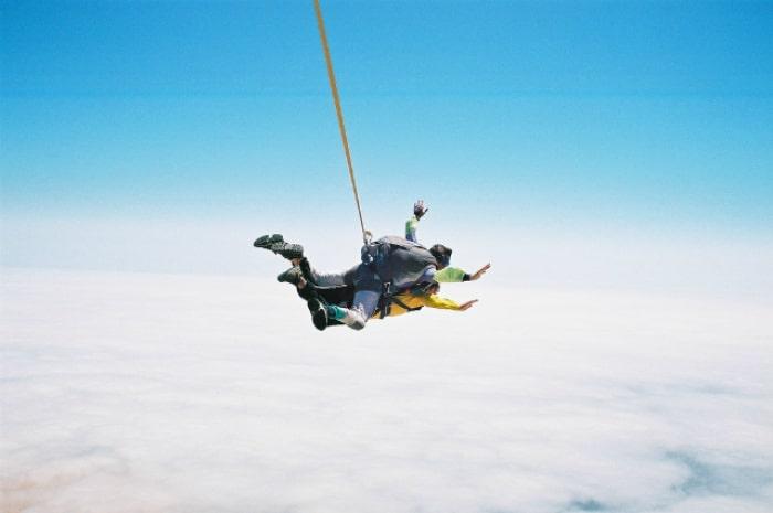 1_namib_desert_skydives_shutr_ss-min