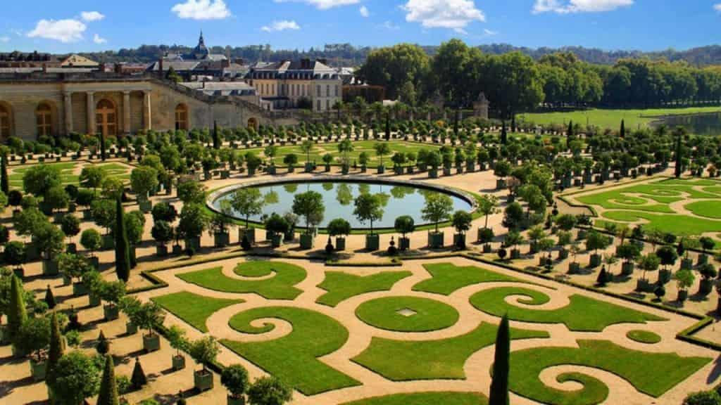 Beautiful Gardens Of Versailles Wallpaper 1024x576 Min