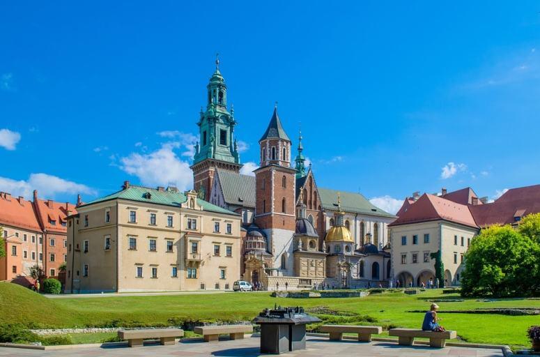 krakow-1665081_960_720-min