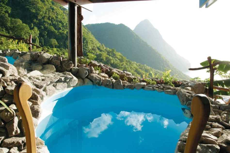 view-out-from-ladera-spa-in-st-lucia-caribbean-min