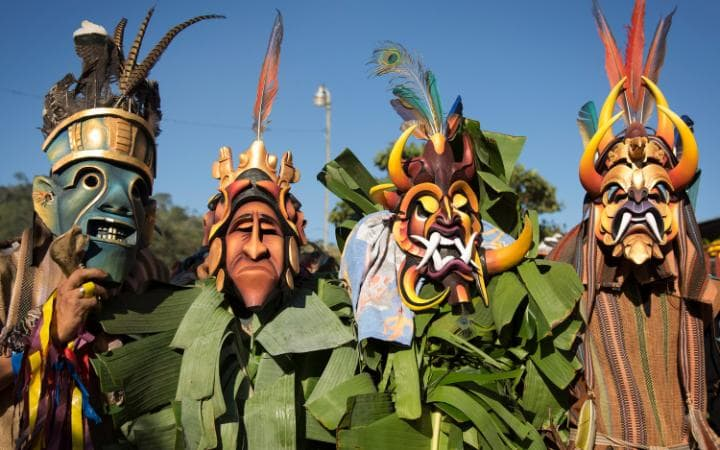 bruca-men-wearing-masks-costa-rica-large