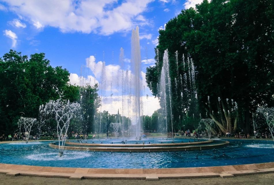 fountain-594619_960_720