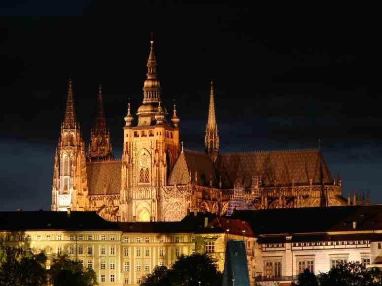 Prague.Castle.original.4261-min