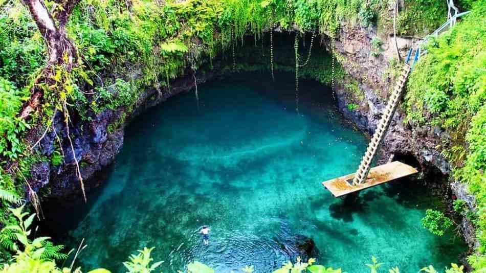 Tosua-Ocean-Trench-Amazing-min