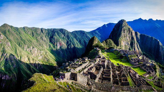 Guests-admiring-Machu-Picchu-in-Peru-1600x900.jpg