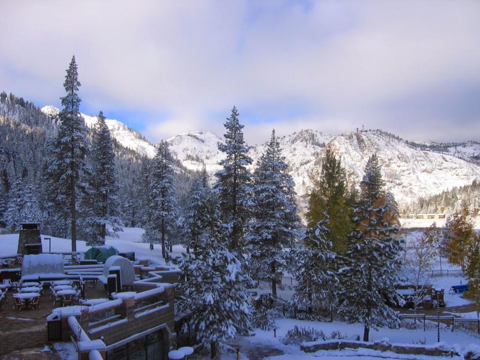 lansdowne-snow-resort-hill-station-uttrakhand-india
