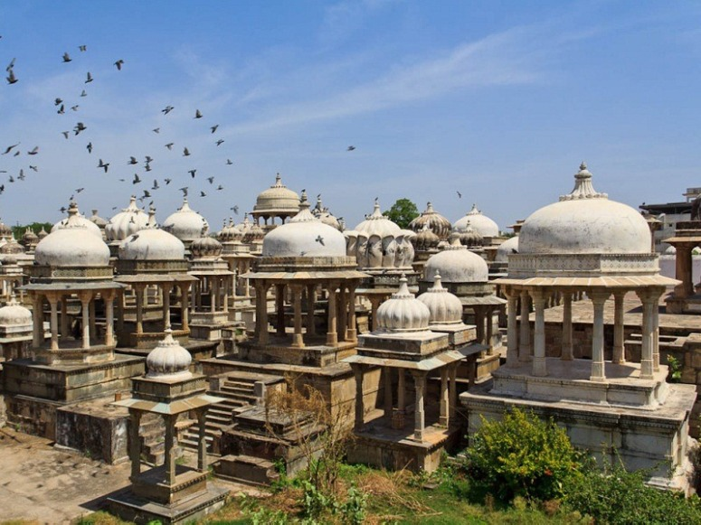 307069627Udaipur_Ahar_Museum_Main